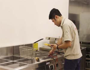 Dịch vụ sửa chữa bếp công nghiệp tại Hà Nội